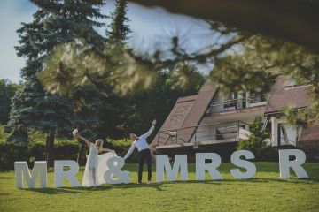 Mr and Mrs Rabbit - Wedding Marincel